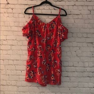 NWT Arizona Jean Co Floral Cold Shoulder Romper